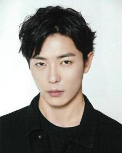 前skt冠軍成員出演了這部韓國高評分恐怖連續劇的男二號? - 每日頭條