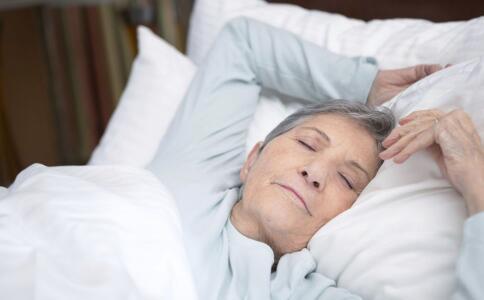 老年人為什麼會嗜睡 睡前禁忌要牢記 - 每日頭條