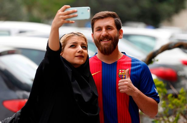 Lionel Messi Lookalike and fan
