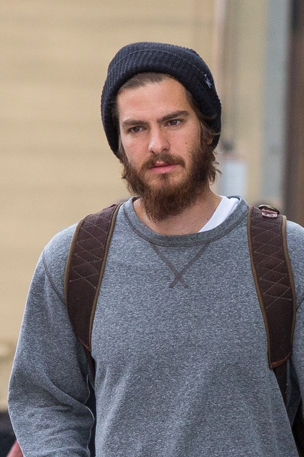 Whos Hiding Under The Beard Andrew Garfield Looks Almost