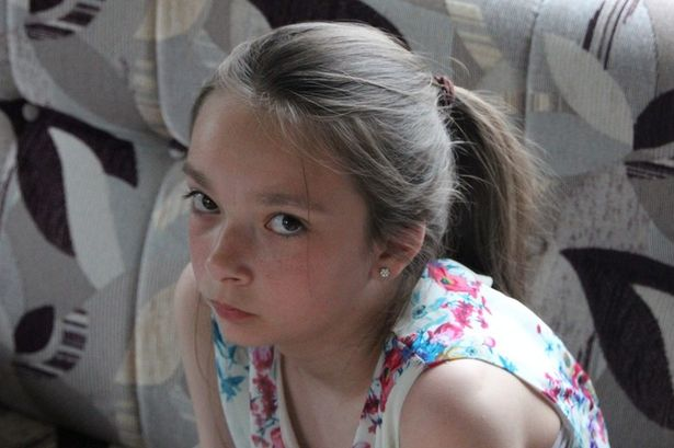 Police say they are concerned for the safety of a 13-year-old girl missing from her Nottinghamshire home.Amber Peat was last seen at her home in Bosworth Street in Mansfield at about 5:30pm on Saturday.