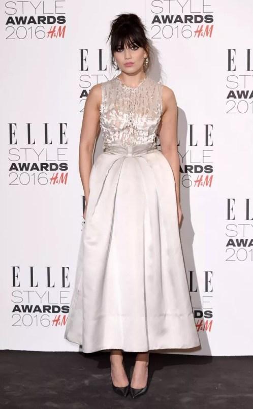 https://i0.wp.com/i2.mirror.co.uk/incoming/article7427405.ece/ALTERNATES/s615b/Elle-Style-Awards.jpg?resize=498%2C805