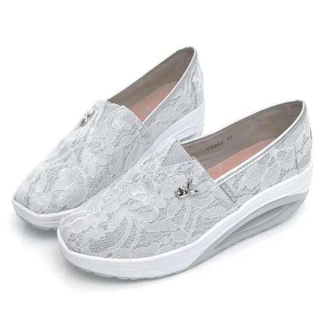 【PLAYBOY】浪漫蕾絲 休閒厚底氣墊鞋-白-Y726211