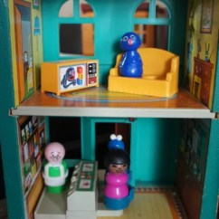 Sesame Street Table And Chairs Bedroom Nz Anne's Odds Ends: Fisher Price Friday - Play Family