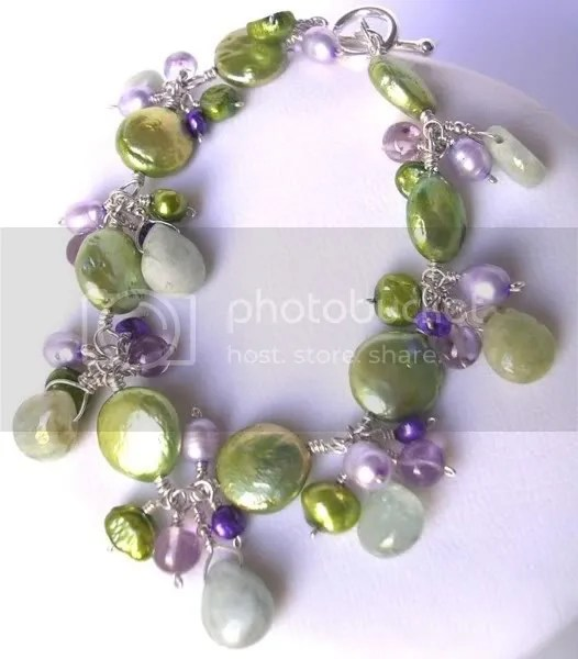 Pearl and gemstone bracelet by Annette Piper Dip. Gem. Handcrafted Jewellery