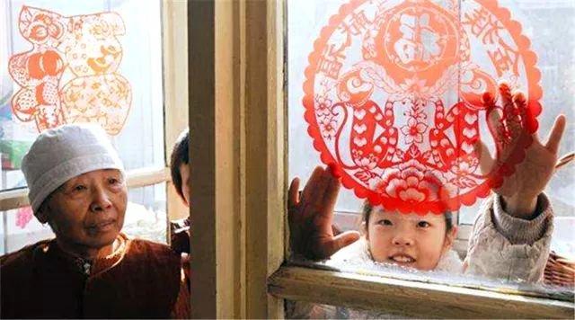 中國人為啥一到過年就要貼剪紙? - 壹讀