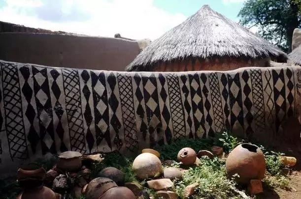 看世界:在非洲。用牛糞造的房子好美 - 壹讀