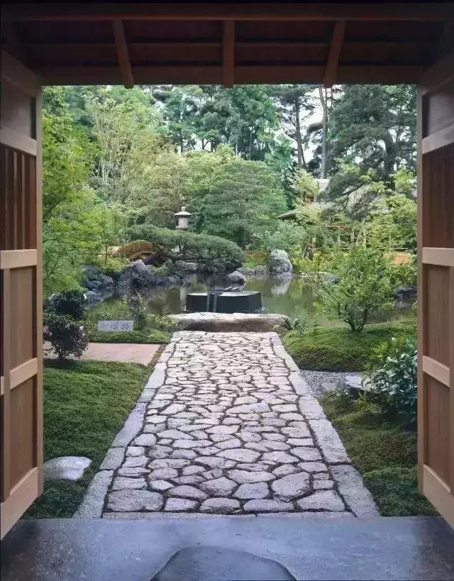 他獲獎無數的設計師,竟是寺廟住持,最愛卻是枯山水 - 壹讀