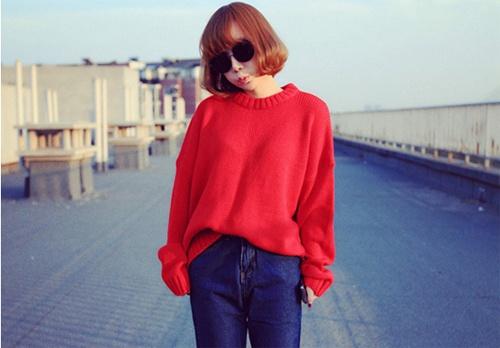 紅色上衣配什麼顏色褲子? 紅色上衣這樣搭配褲子才夠美 - 壹讀
