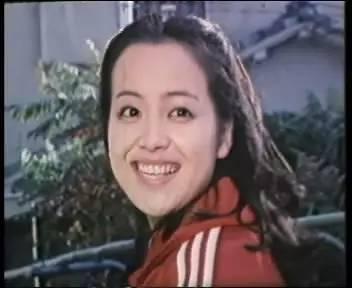 """'日本明星系列'荒木由美子丨她是曾風靡中國的排球女將""""小鹿純子""""。她是馬云""""初戀""""。她還是日本人 ..."""