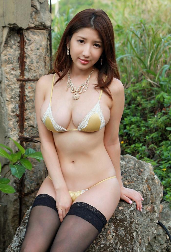 日本比基尼絲襪美女亞里沙高清寫真 - 壹讀