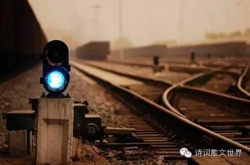 中國最美的十首現代愛情詩 - 壹讀