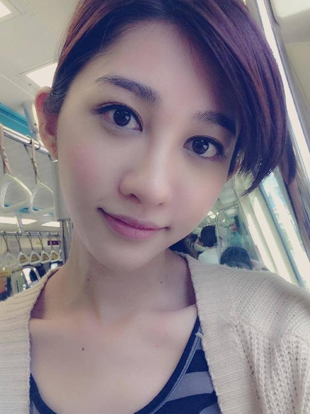 「臺灣本土劇林志玲」王晴攜5辣妹馬爾地夫集體裸胸 - 壹讀
