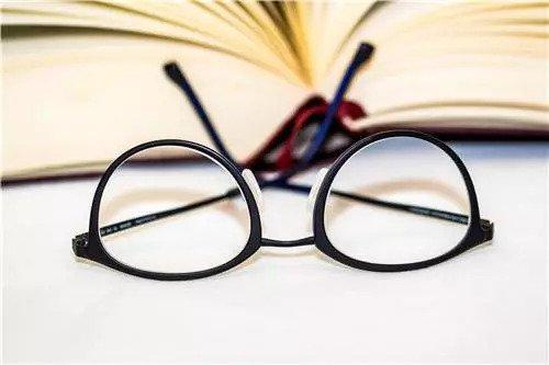 近視、遠視、散光要配眼鏡嗎?怎麼配?專家為你解答 - 壹讀