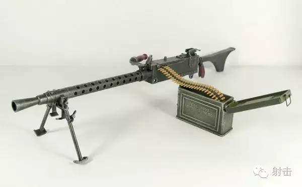 【槍械講堂】由重機槍改進出來的輕機槍--美國M1919A6輕機槍 - 壹讀