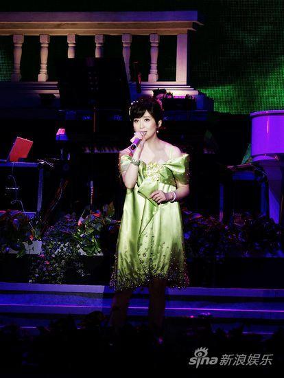 圖文:孟庭葦09北京演唱會-青春往事(2)_影音娛樂_新浪網