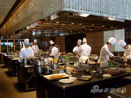hotel with kitchen hong kong islands cheap 探访香港米其林三星法式餐厅caprice(图)_新浪尚品_新浪网