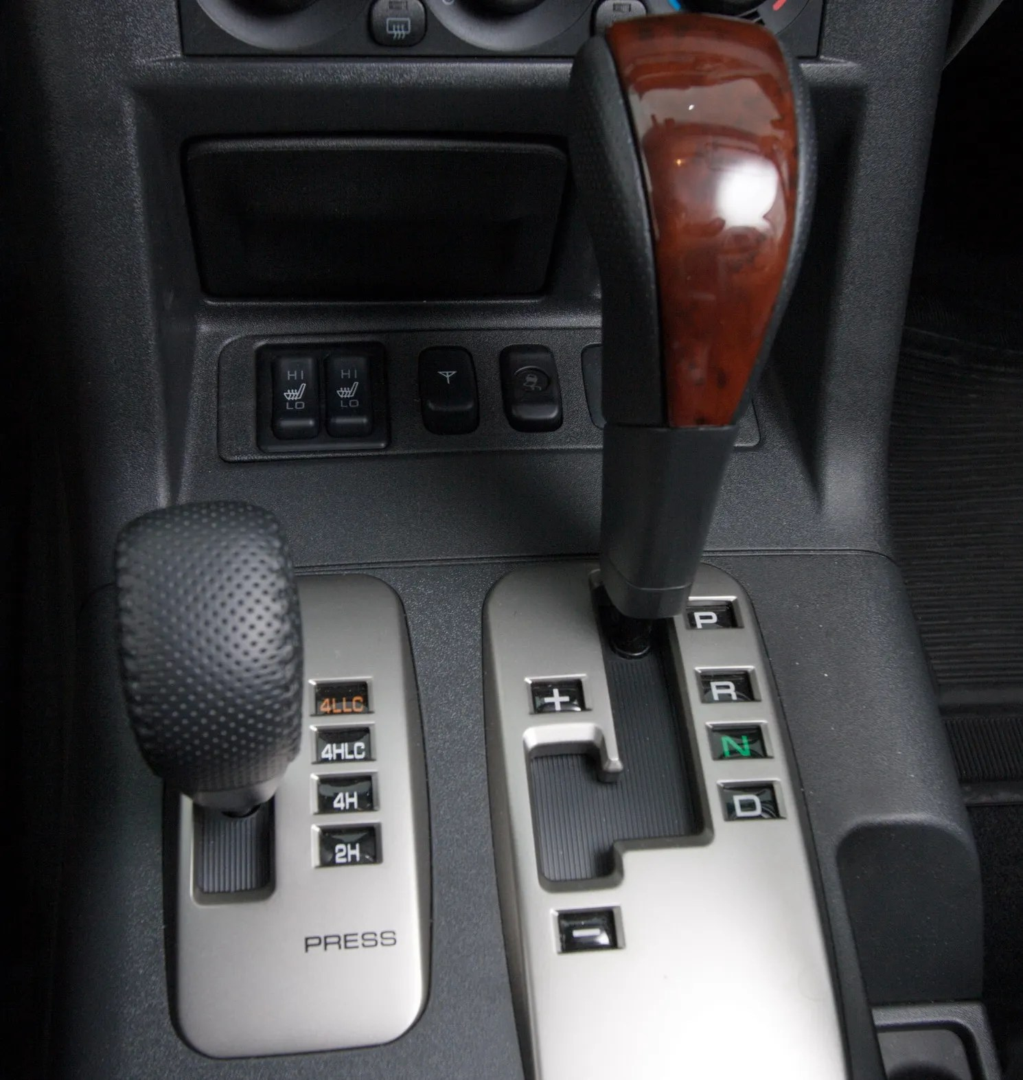 small resolution of mitsubishi s super select 4x4 system explained