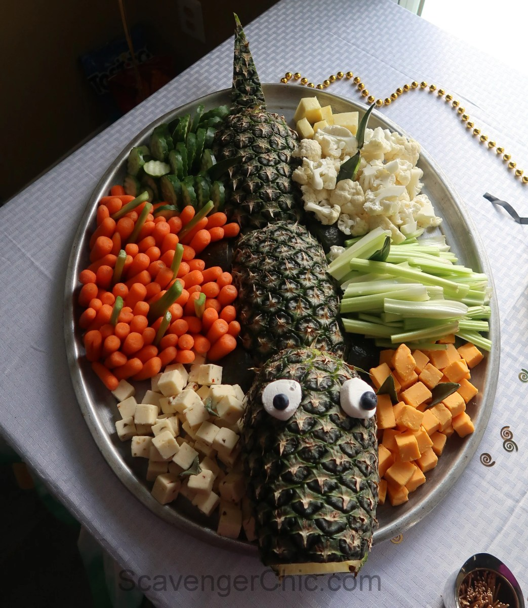 Alligator Cheese And Veggie Platter Scavenger Chic