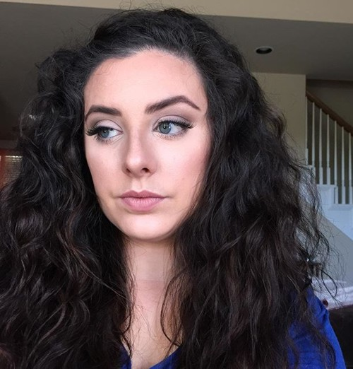 20 Cute And Comfy Taming The Frizz Hairstyles
