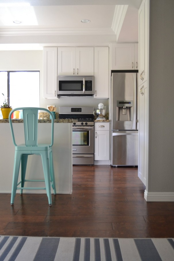 Light French Gray and Snowbound  Favorite Paint Colors Blog