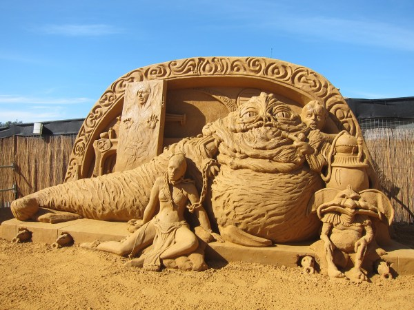 Frankston Sand Sculptures - Sze Wey' Kitchen Sink
