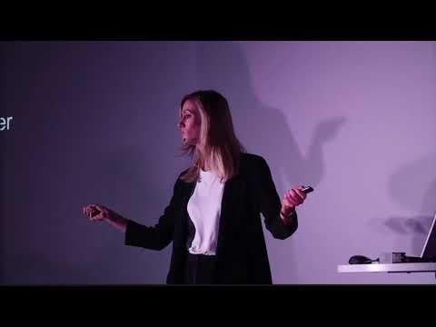 Intelligence Artificielle : Cheval de Troie pour une société plus juste? | Caroline Lair | TEDxENSEA