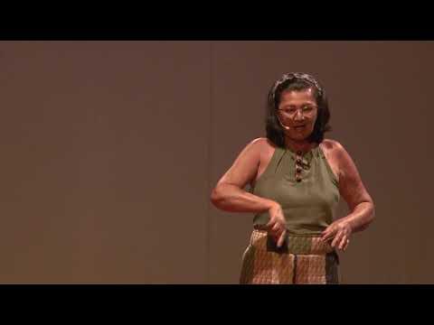 Quando os homens são mestres e as mulheres, artesãs | Cleonice Otília | TEDxAltodoMouraED