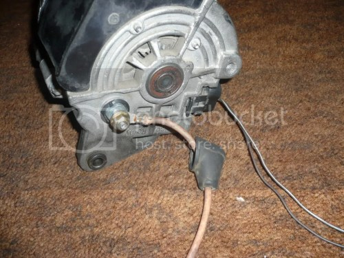 small resolution of  to an alternator shop and having them find me a v belt pulley roughly the same size as the generator heres some pictures thanks hate having the thing