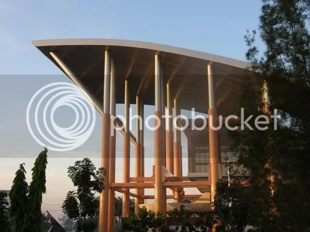 Gedung Perpustakaan dan Arsip Daerah Riau