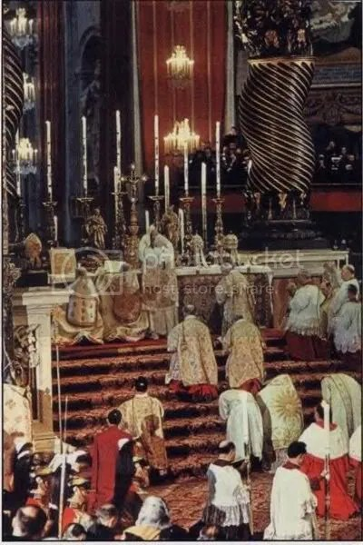 PontificalHighMass-1.jpg