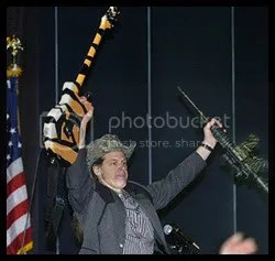 Guns & Guitars