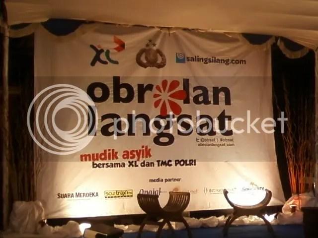 banner obsat di semarang