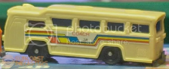 Besides, there are at least 37 other coaches to collect if one wants the whole set.