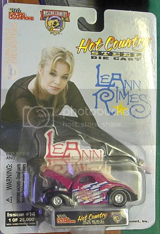 Country super-star LeAnn Rimes.