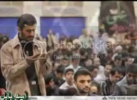 Ahmadinejad at prayer