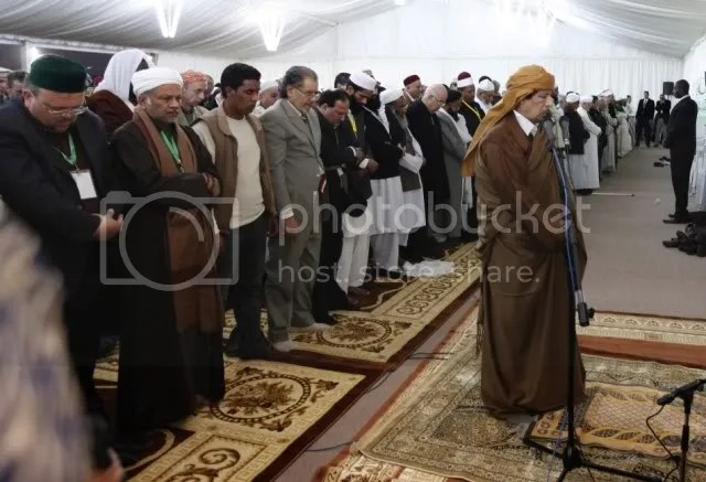 Gadhafi leads world prayer for peace 14 Febr. 2011