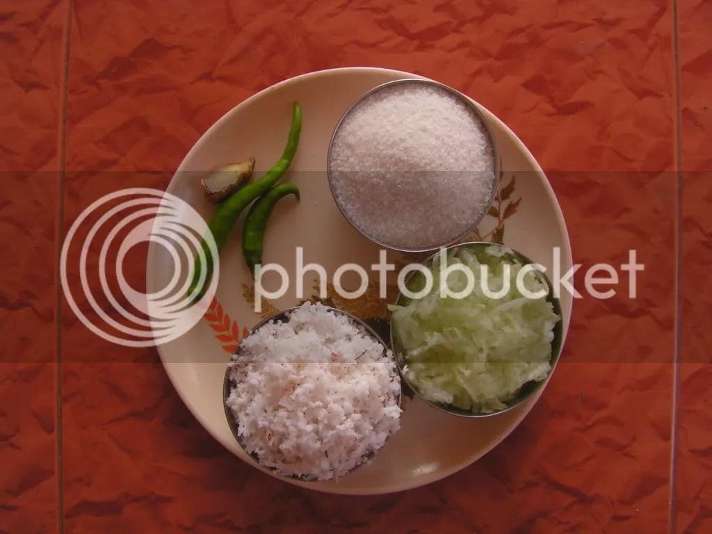 Ingredients of cucumber idlies