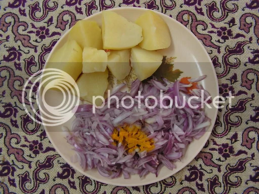 Micro waved Potatoes &onions, Turmeric powder