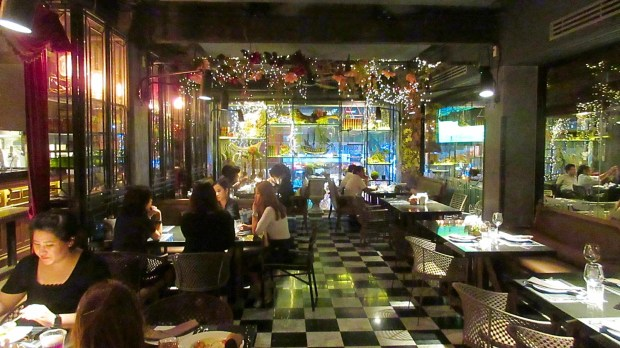 Pirate Chambre Excellent Bangkok Restaurant