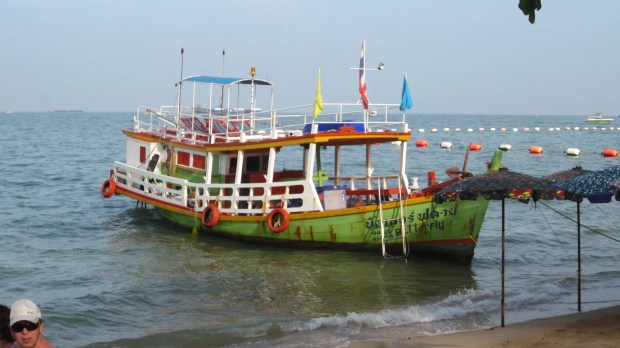 Many wonderful boats Pattaya Bay