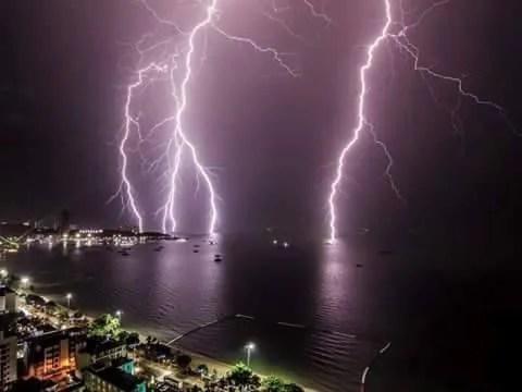 Tropical storm smashes Pattaya