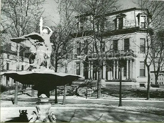 A luxurious home in the now-gone Vandeventer Place.