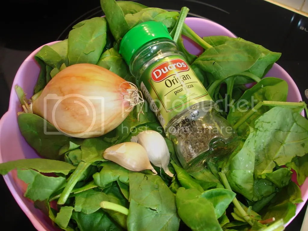 ingredients for spinach risotto