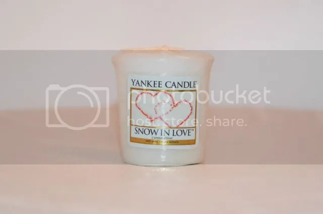 Yankee Candle- Snow in Love photo DSC_0370.jpg