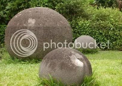 esferas de piedra costa rica