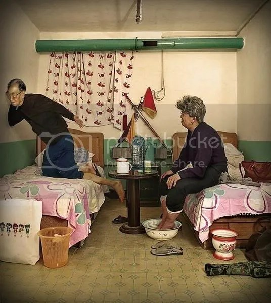 chinese-hotel-room-stories-old-coup.jpg picture by Viviobluerex