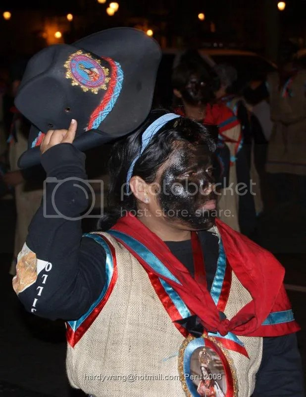 https://i0.wp.com/i22.photobucket.com/albums/b335/hardywang/Peru/Trijillo/Night/Celebration/DSC02591.jpg