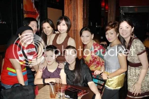 The M12 ladies plus Yanky (in black)