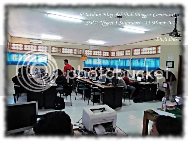 Pelatihan Blog di SMA Negeri 1 Sukawati